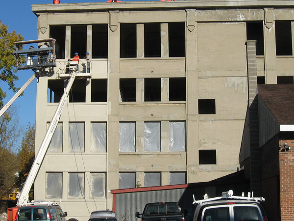 commercial-building-cleaning-2